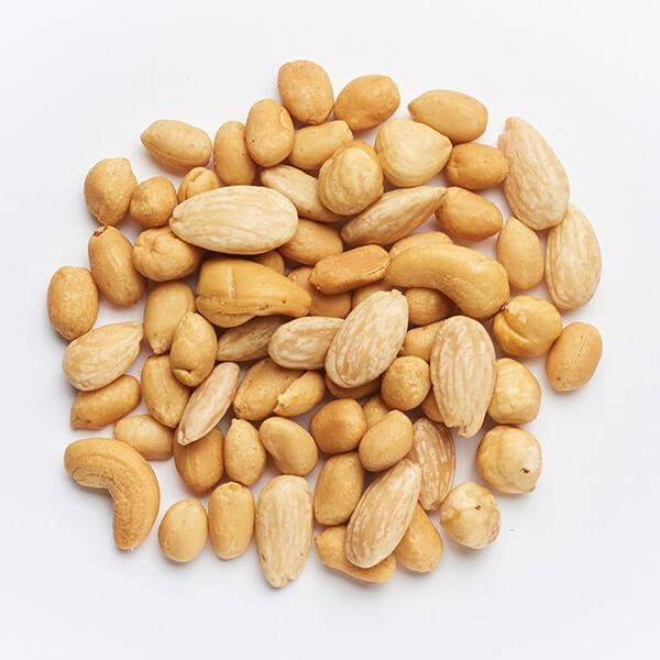 Oreški & arašidi, praženi & soljeni Odlično, 150 g